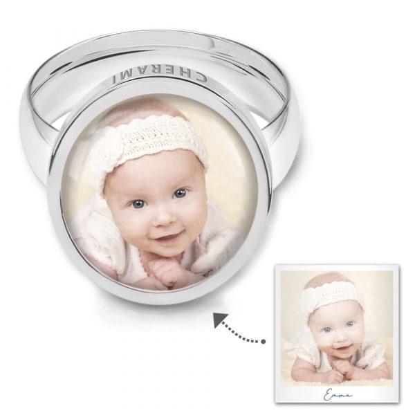 Ring mit einem Foto personalisiert