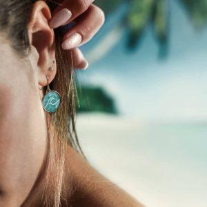 Ohrringe für Damen, Sommerlicher Schmuck mit einem Wellensymbol