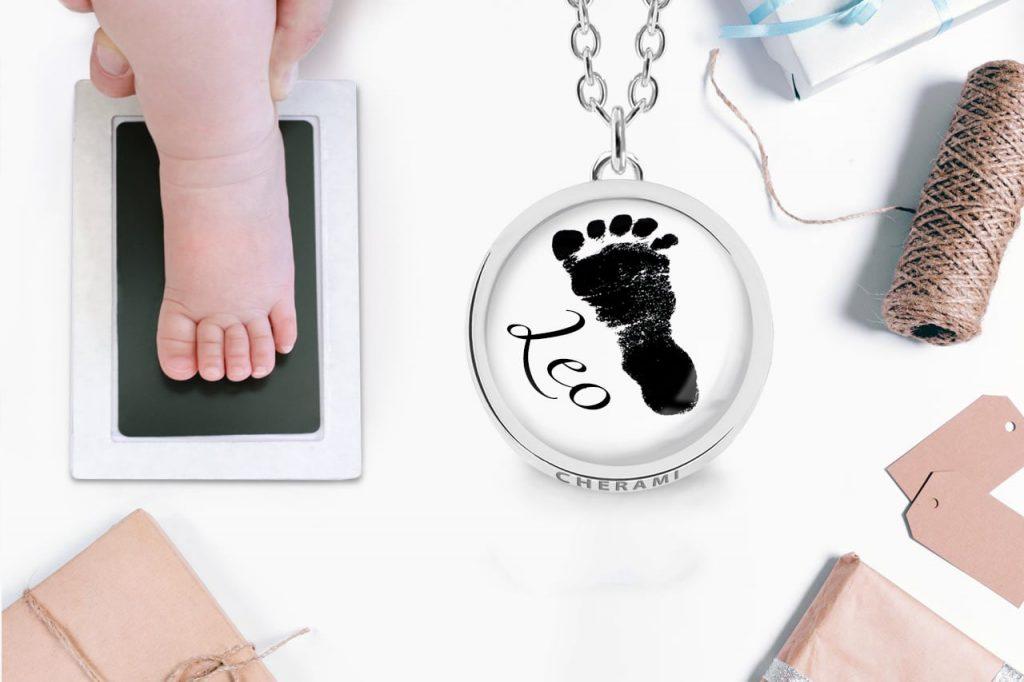 Abdruckschmuck, Schmuck mit einem echten Abdruck vom Baby