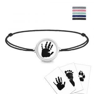 Armband von CherAmi Schmuck mit einem Abdruck personalisiert